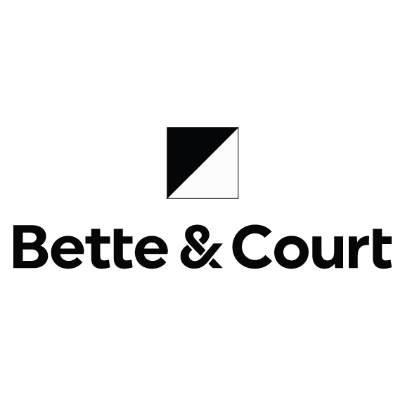 Bette & Court's Fall 2016 Apparel Line Launches at 2016 PGA Merchandise Show